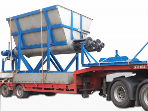 Feed Hopper transit Plastic Recycling
