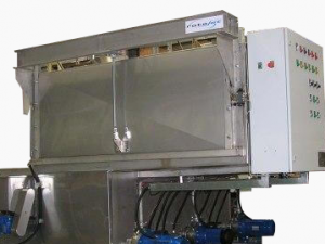 Front- Loading- Spray-Washer - 4